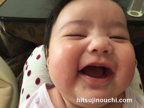 赤ちゃん 二 重 あご